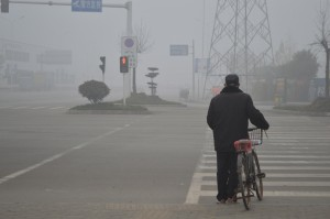 Commuting in the smog of Shandong